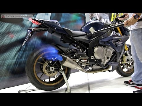BMW S1000R Akrapovic Full Exhaust Sound and Backfire! - Bikers Garage 02