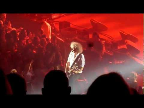 Tie Your Mother Down - Brian May at Hammersmith Apollo