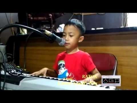 Penyanyi Cilik Minang Leonel Yandri Boy - Ratok