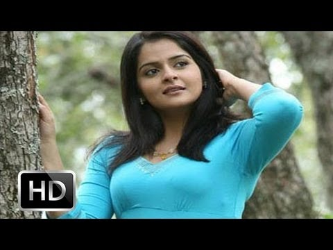 Malayalam Hottiee Roma Asrani Desparate For Manju Warrier video
