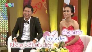 """Chọc giận vợ, chồng bị phạt """"treo giò"""" - Hoàng Huấn và Quỳnh Nhu   Vợ Chồng Son   tập 98   150621"""