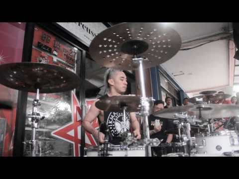 Ikmal tobing - alone by marsmellow (cover)