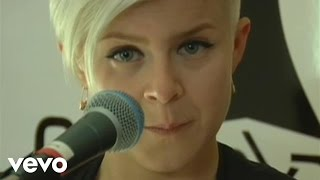 Robyn - Be Mine! Live From The Cherrytree House