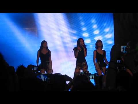 [fancam] 121201 Black And White- G.na In Singapore video