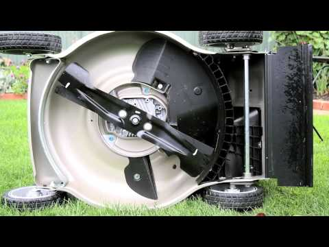 Honda HRR216PKU Push & Self-Propelled Lawnmower Product Demonstration