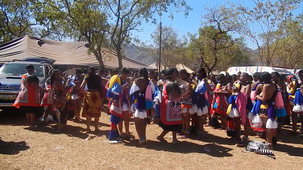 Reed Dance in Swaziland 2013 part 1 - YouTube