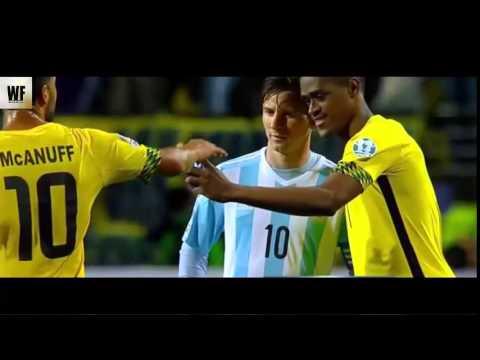 Deshorn Brown taking a selfie with Lionel Messi - Argentina vs Jamaica  Copa América 2015