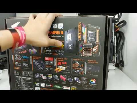 GIGABYTE X299 AORUS GAMING 9 Motherboard Unboxing and Overview