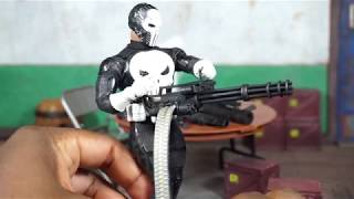 Mezco Toyz One:12 Collective SDCC 2018 Exclusive Special Ops Punisher Figure Review
