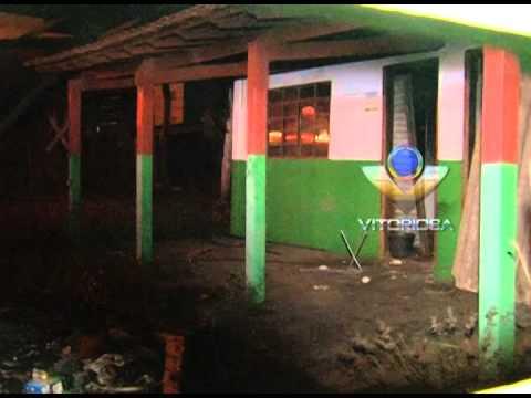 Moradores do Bairro Santa Mônica estão incomodados com imóvel abandonado