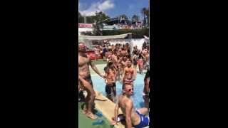 Barcelona Circuit festival 2015 - Water park day at Illa Fantasia - opening song