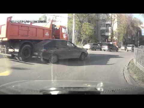 Авария с Камазом в Ростове на Дону 24 04 2014