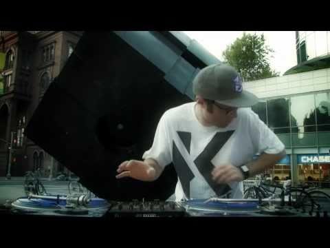 IDA 2010 PROMO TRACK - LADY WAKS & GOLITCIN feat. Valerie M, Shiftee, Pro - Zeiko, Scratchbusters
