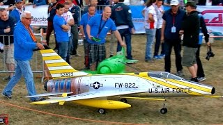 GIANT RC F-100 SUPER SABRE SCALE MODEL TURBINE JET FLIGHT DEMONSTRATION / Jetpower Fair 2016