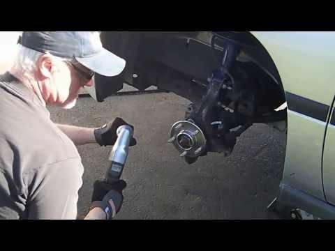 Inspecting Lower Ball Joint and replacing Tie Rod End on 2002 Chevy Impala - Par