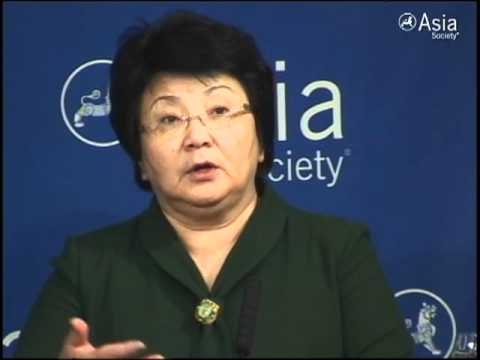 Otunbayeva: Democracy Key to the Hearts of the People