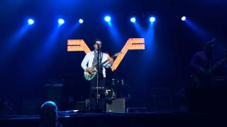 Weezer - Do You Want To Get High (live in Amsterdam 2016)