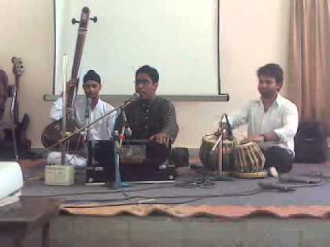 Kapil Sharma Clasical Singer Bhajan Ram Ka Gungan Kariye Raag Ahir Bhairav Based video