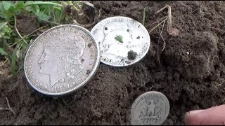 MASSIVE Silver Spill Found at an Old Home Site! Lots of Old and Silver Coins Dug!