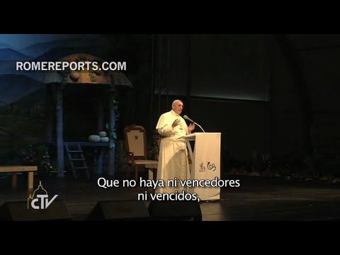 """Francisco reza con miles de jóvenes por la unidad de Corea: """"Sois una familia"""""""