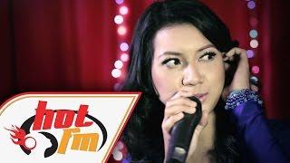 ZARA ZYA & NOMAD - TETAP MENANTIMU (LIVE) #HotTV