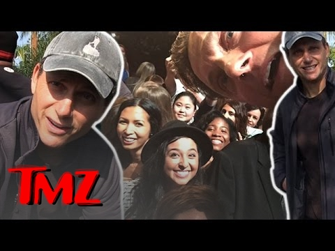 'Scandal' Star Tony Goldwyn Shares a Crazy Fan...