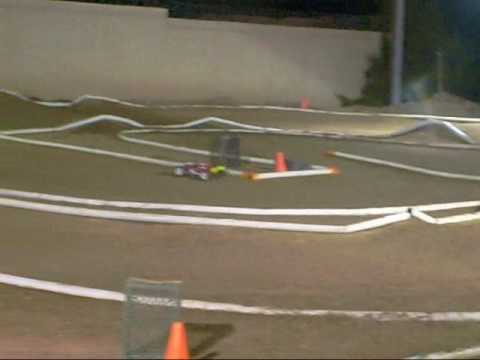 Electric vs. Nitro 1/8 scale at SRS
