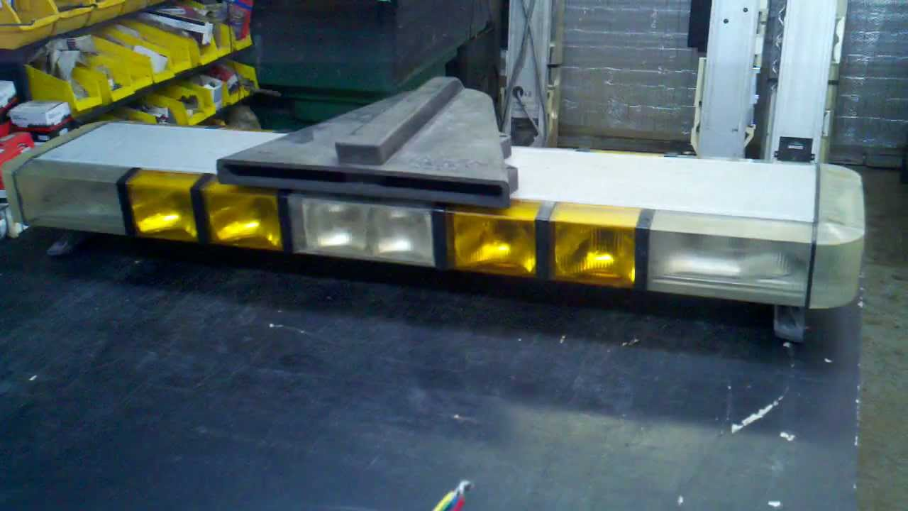 Whelen Edge Led Light Barwhelen 9000 50 Amber Halogen With Pcds 9 Wiring Diagram 46 Quot 4 Strobe 12 Bar Siren Snowplow