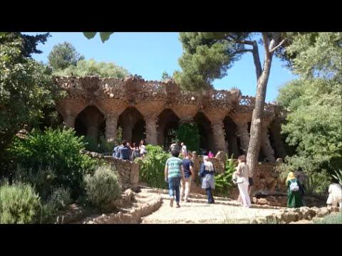 Le quartier Gràcia : ShBarcelona city guide (English and Spanish subtitle)