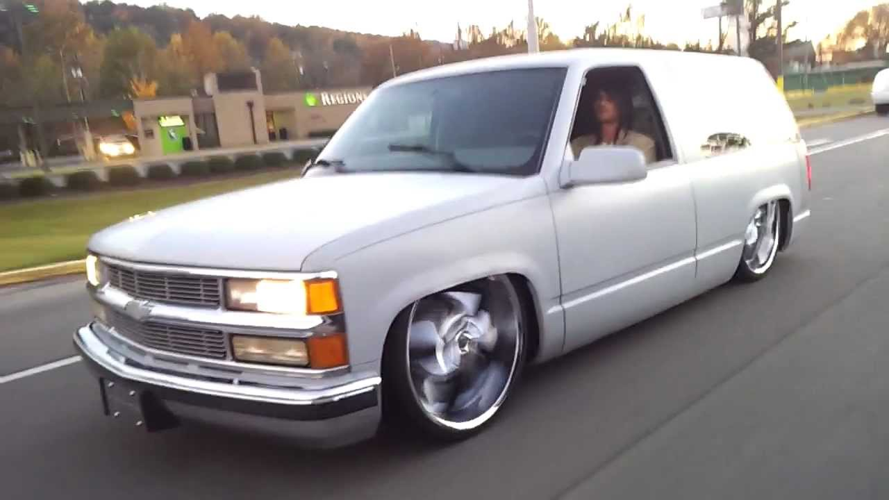 BAGGED BODYDROPPED CHEVY TAHOE - YouTube