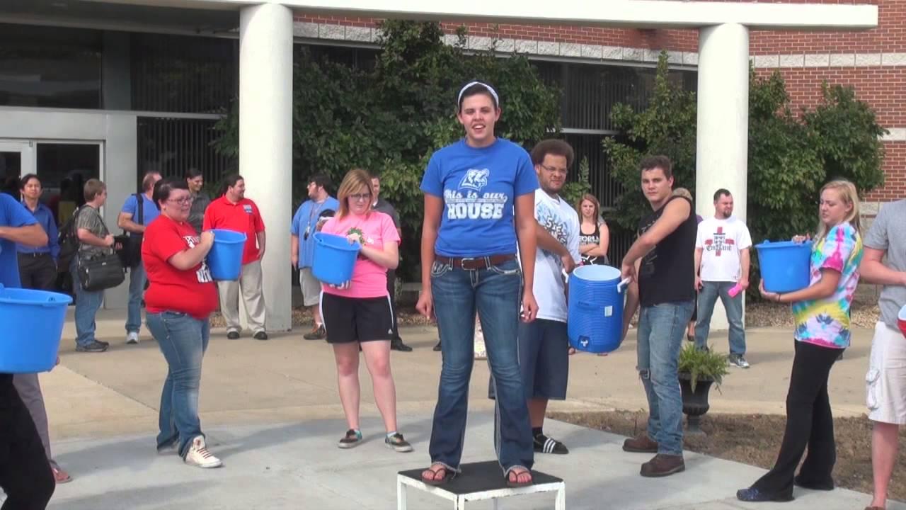Shelby Harris ALS Ice Bucket Challenge