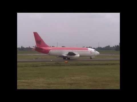 Boeing 737-200 Jatayu Airlines