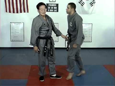 Ji Han Jae Hapkido Techniques for Tough Guy Grab Thumbs Up
