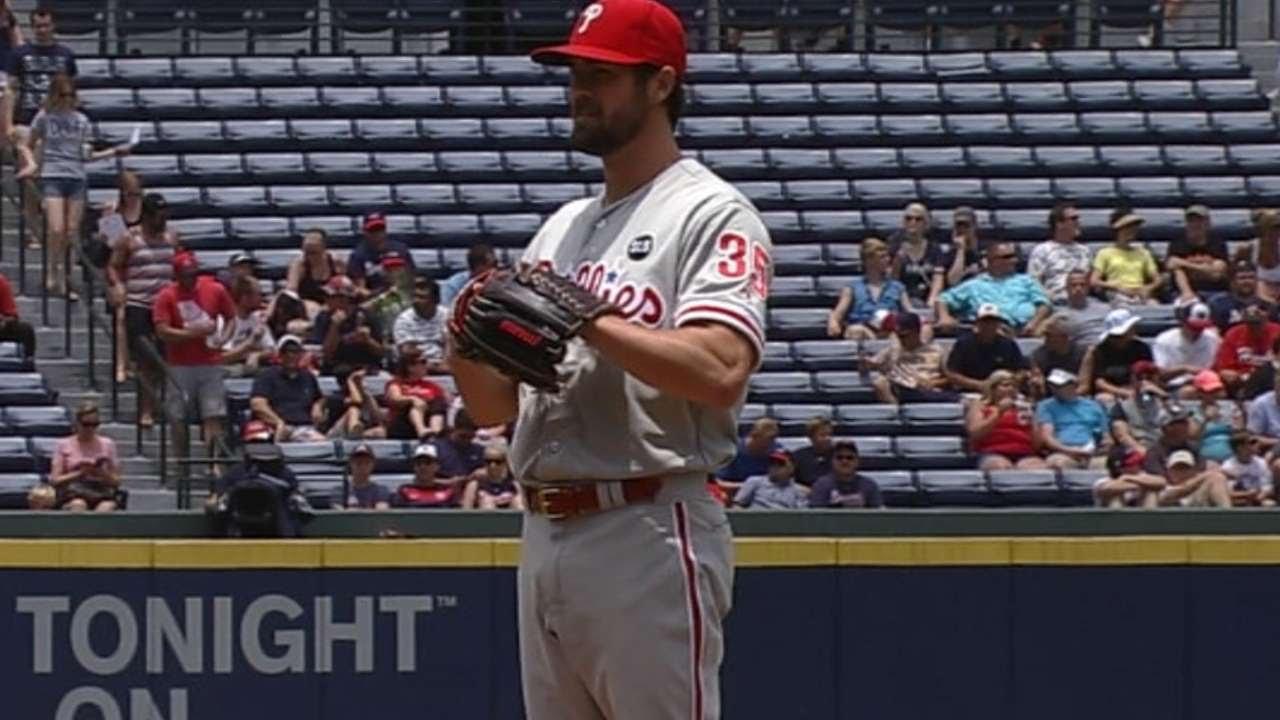 PHI@ATL: Hamels blanks Braves over seven innings