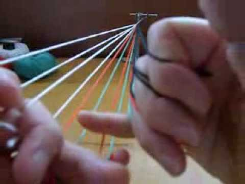 Color-linking in a 7-loop flat fingerloop braid (parts 1,2, and 3)