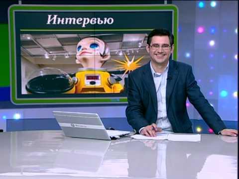 Ведущий новостей смеётся, в прямом эфире...