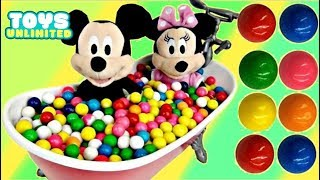 Mickey & Minnie Mouse in Gumball Bathtub | Toys Unlimited