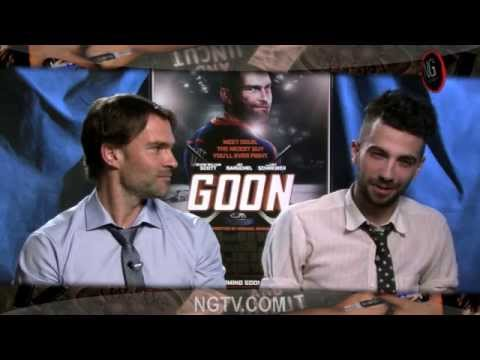 Seann William Scott & Jay Baruchel Are 'gay Porn Hard' For Goon! video