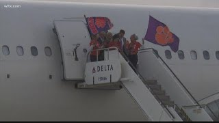Clemson arrives in New Orleans for College Football Title Game