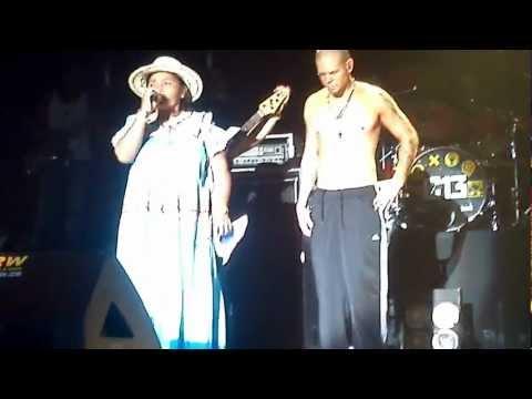 Calle 13 y Cacica Silvia Carrera – Panamá 2012