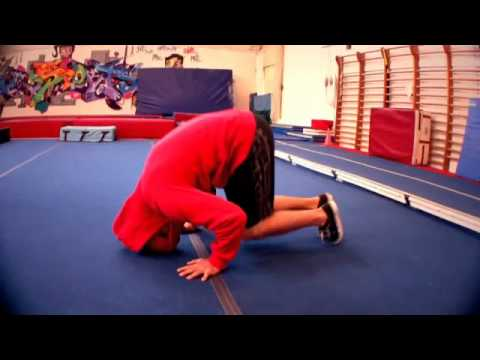 La parada de cabeza pt 1 youtube for Definicion de gimnasia