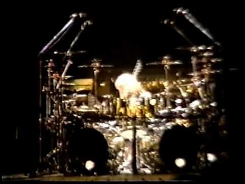 KISS - Bruce Kulick Guitar Solo / Eric Singer Drum - Harmonica Solo - Miami 1992 - Revenge Tour
