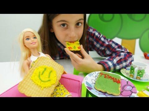 Видео для девочек - Украшаем печенье для куклы Барби