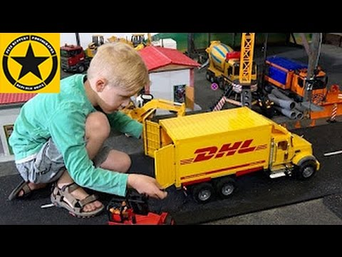 BRUDER TOYS Spare Parts shipped by DHL into BWORLD Construction (LONG PLAY!)