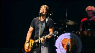 Keith Urban Video - KEITH URBAN - STUPID BOY (LIVE) (720P_H.264-AAC)