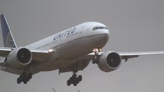 Storm!! United Airlines Boeing 777-200ER Crosswind Landing at Narita