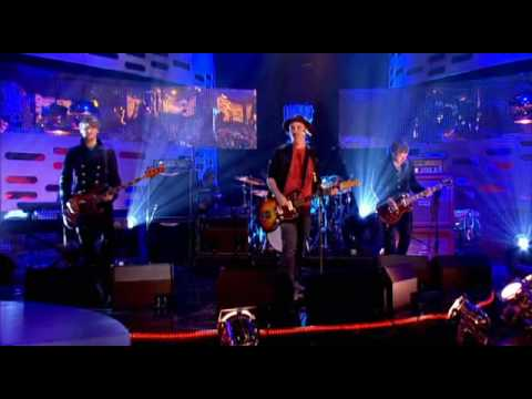 Travis - Song To Self (Live At Graham Norton Show 2.10.2008)