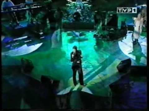Eurythmics - Legend In My Living Room