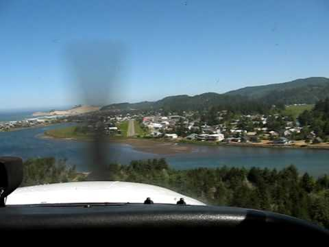 Cessna 172 Landing at Pacific City OR