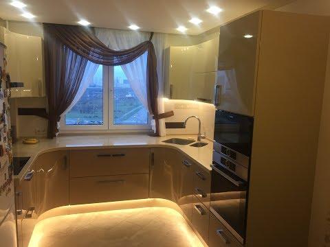 Кухня под окном